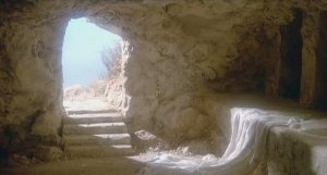 he is risen empty tomb